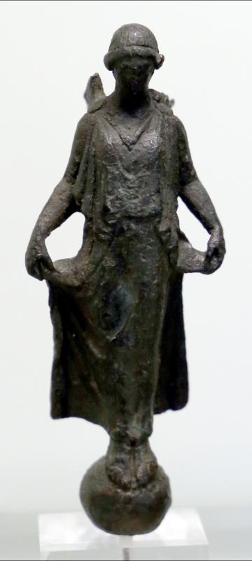 Bronzetto greco con nike su globo, v secolo ac - Sailko - Parma (PR)