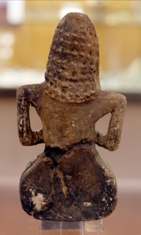 Cultura dei vasi a bocca quadrata, statuina di donna seduta, dalla tomba 3 a vicofertile, 4500-4000 ac ca. 02 - Sailko - Parma (PR)