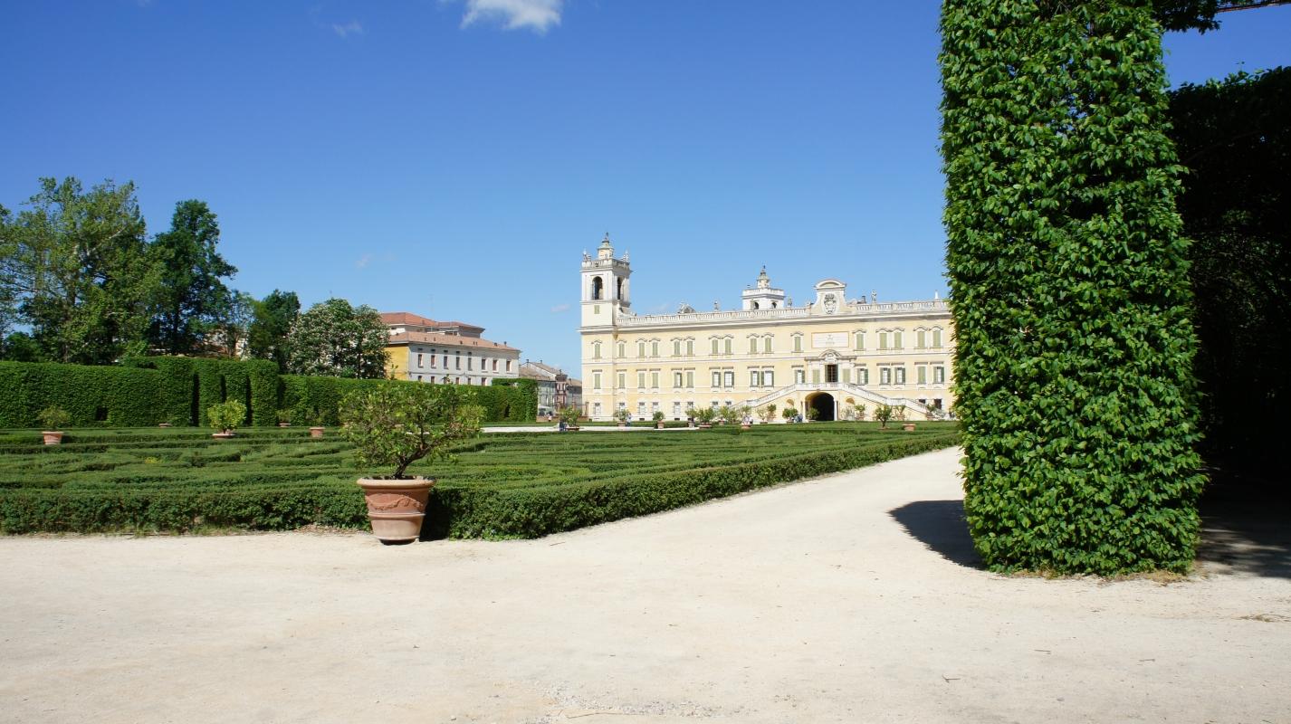 Veduta della Reggia di Colorno dal giardino storico - DurMat - Colorno (PR)