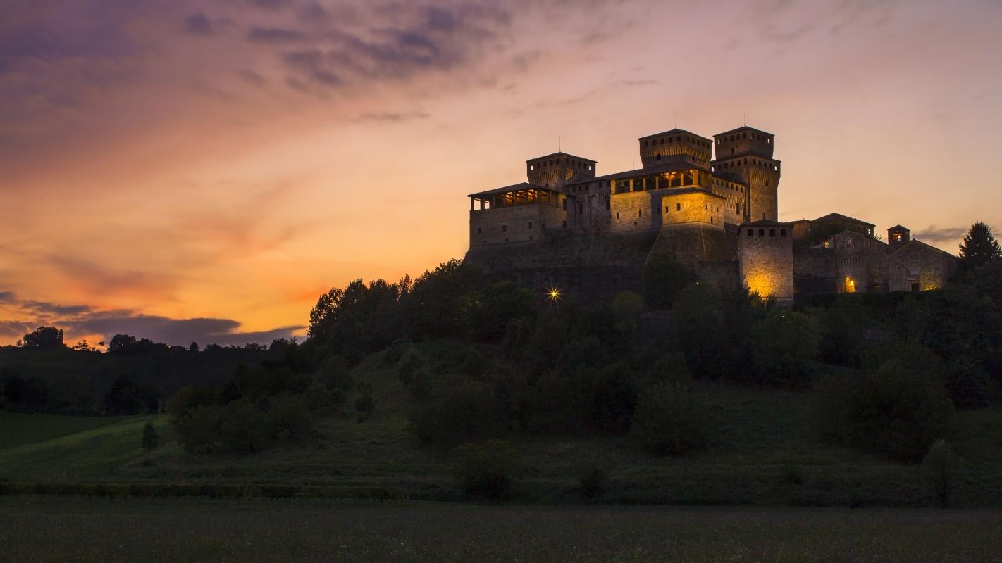 TORRECHIARA tramonto - Nbisi - Langhirano (PR)