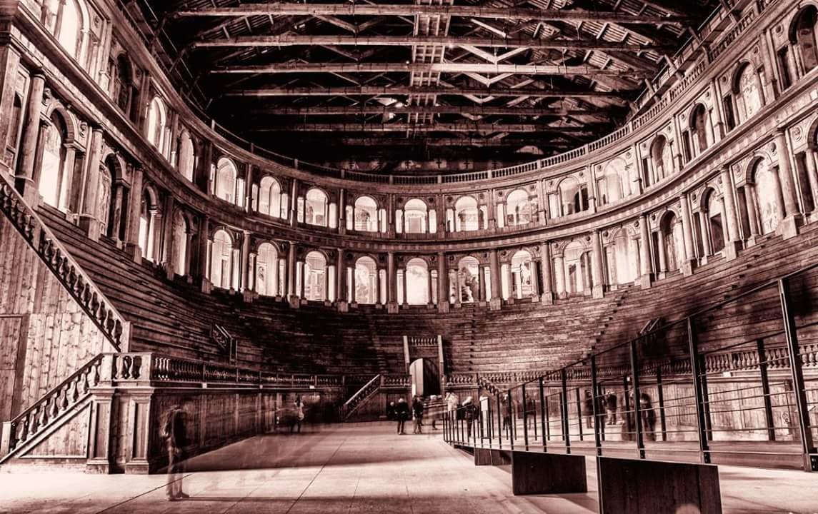 Teatro Farnese di Parma old style - luca.ferrari.parma@gmail.com - Parma (PR)