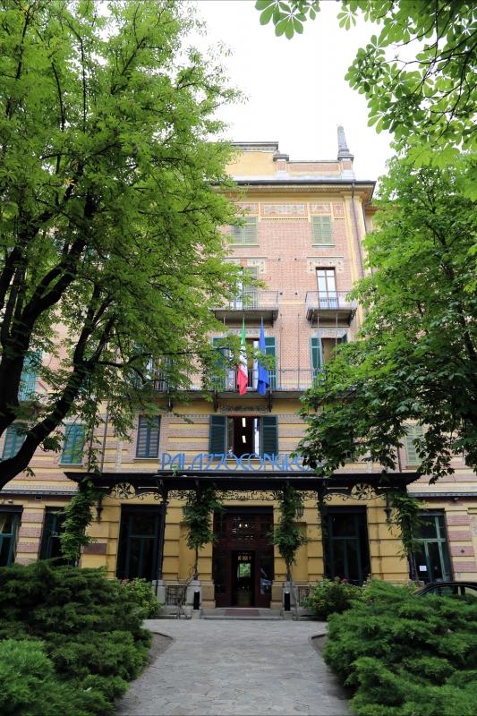 Salsomaggiore, ex-grand hotel, esterno 01 - Sailko - Salsomaggiore Terme (PR)