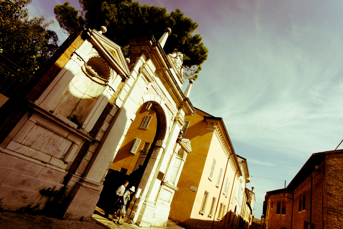 Ingresso basilica san vitale - Mario Casadio - Ravenna (RA)