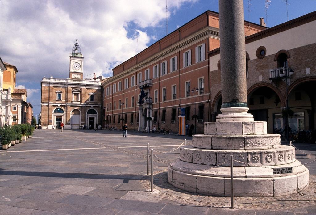 Ravenna - Piazza del Popolo e Palazzo Comunale - Emanuele Schembri - Ravenna (RA)