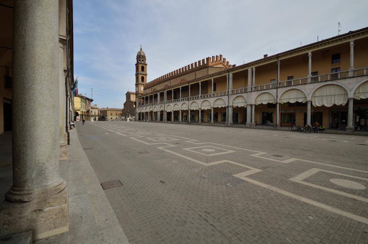 Piazza del Popolo Faenza - Wwikiwalter - Faenza (RA)
