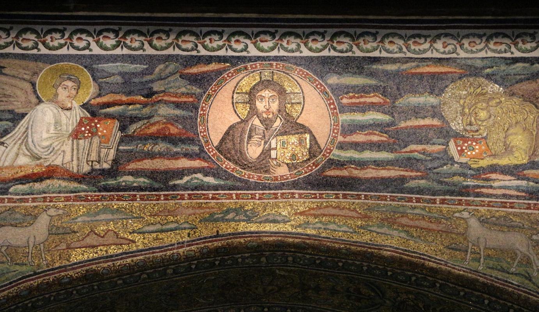 Sant'apollinare in classe, mosaici dell'arcone, cristo benedicente tra i simboli degli evangelisti (IX sec.) 03 - Sailko - Ravenna (RA)