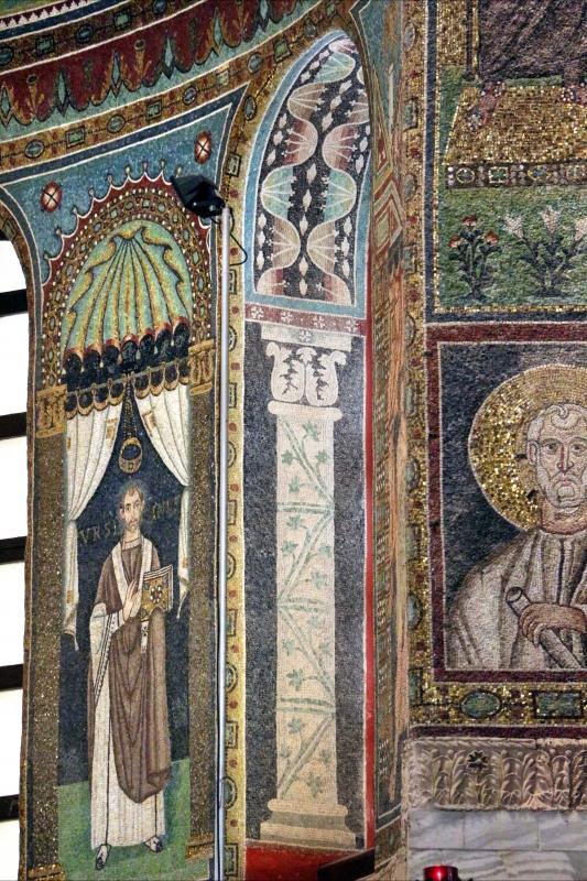 Sant'apollinare in classe, mosaici del catino, colonne negli sguanci, 550 ca. 01 - Sailko - Ravenna (RA)