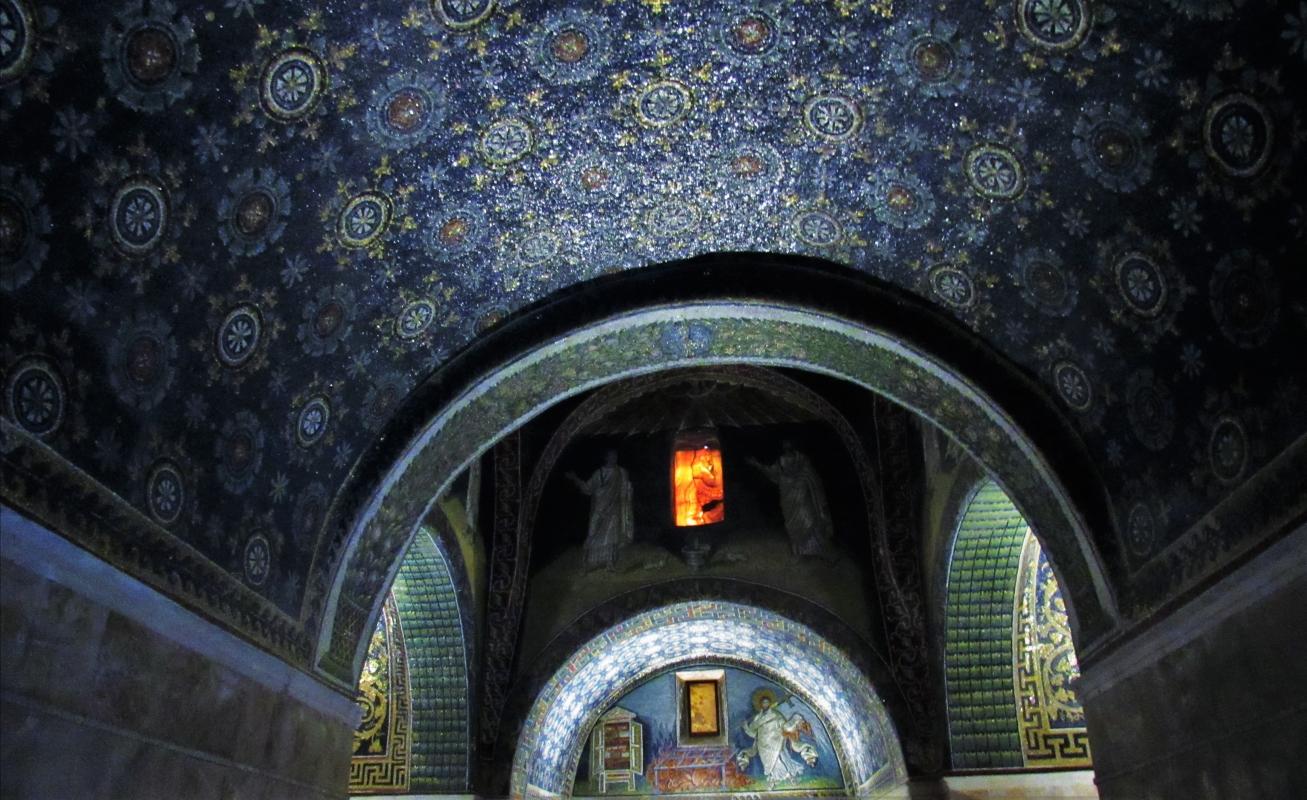 Interno del Mausoleo di Galla Placidia - Lorenza Tuccio - Ravenna (RA)