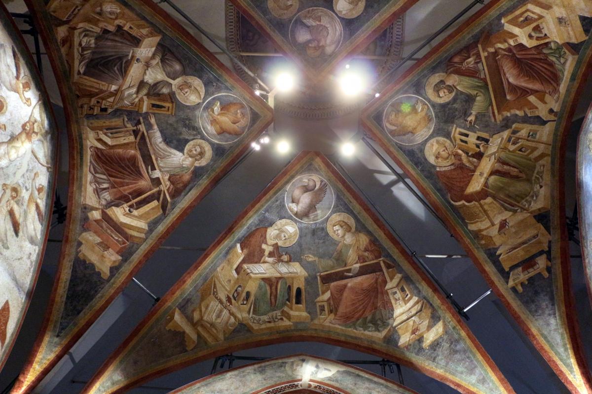 Pietro da rimini e bottega, affreschi dalla chiesa di s. chiara a ravenna, 1310-20 ca., volta con evangelisti e dottori 01 - Sailko - Ravenna (RA)