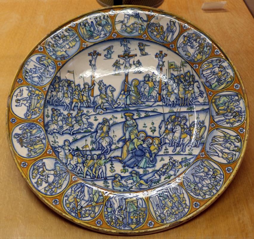 Deruta, piatto con calvario e scene della passione, 1510 ca - Sailko - Ravenna (RA)