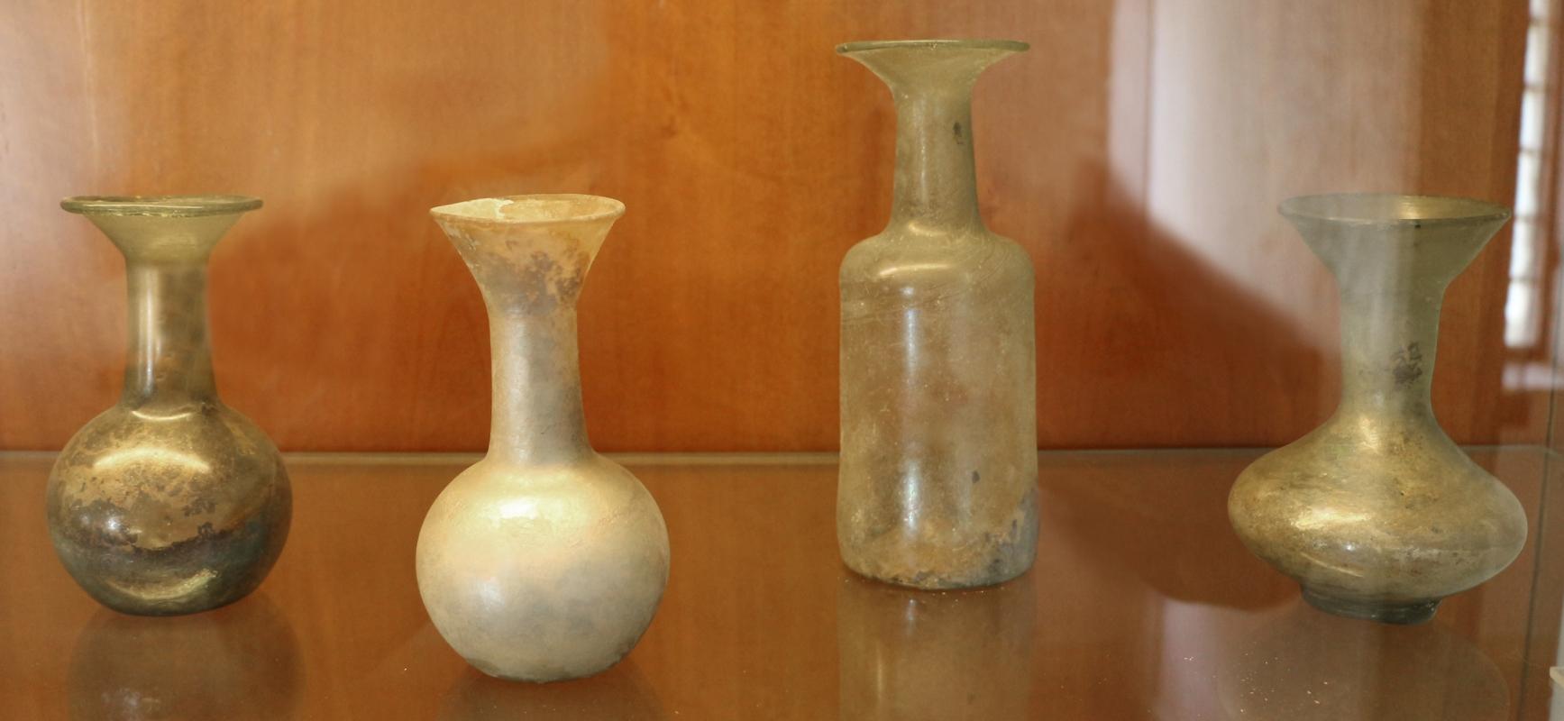 Fiaschette e balsamari in vetro, II-III secolo - Sailko - Ravenna (RA)