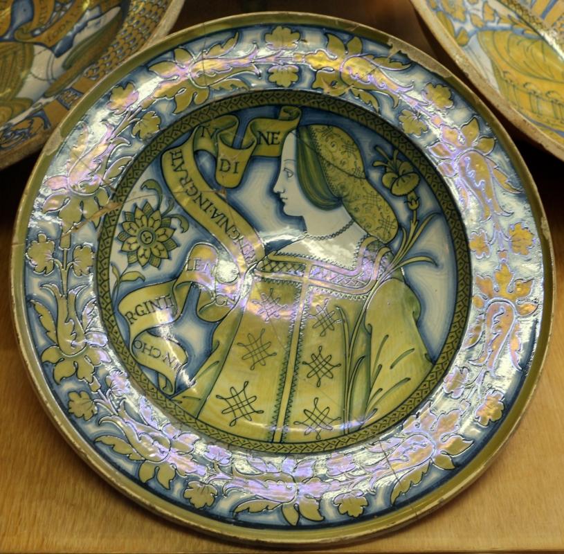 Deruta, piatto con bella donna, 1500-30 ca. motto su ingratitudine - Sailko - Ravenna (RA)