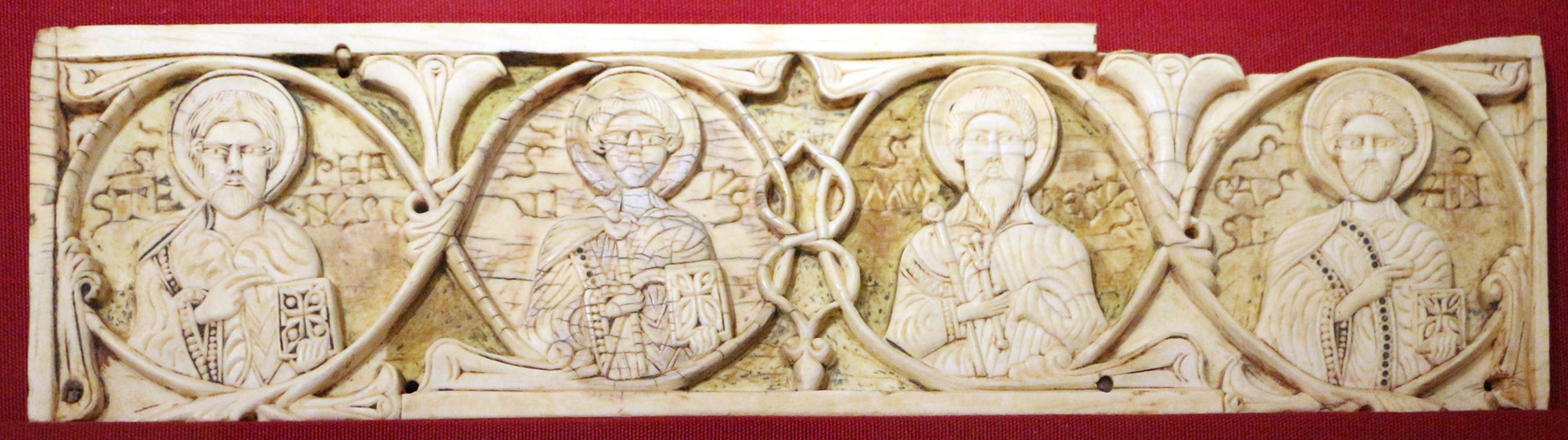 Venezia, formella con quattro santi, avorio, xii secolo - Sailko - Ravenna (RA)