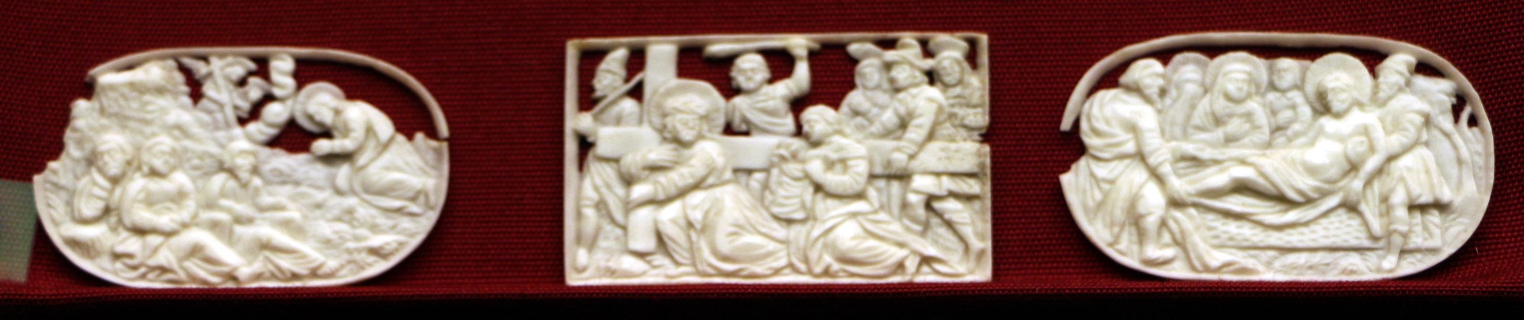 Germania del nord, tre placchette a microintaglio con scene della passione, xvii secolo - Sailko - Ravenna (RA)