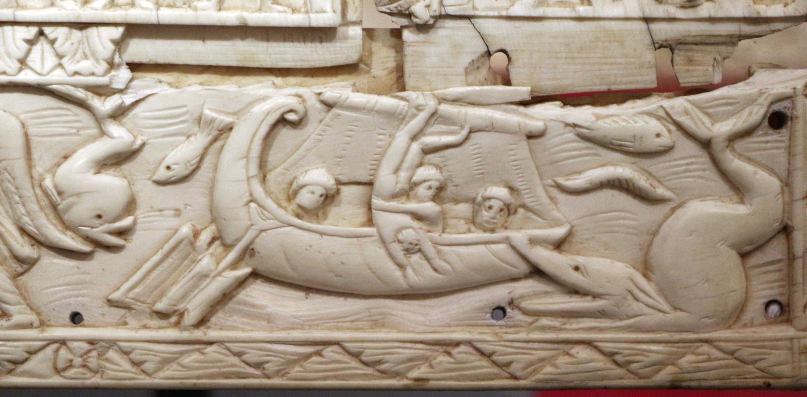 Fattura forse egiziana, coperta di evangeliario detta dittico di murano, avorio, 500-550 ca. 04 giona gettato in mare - Sailko - Ravenna (RA)