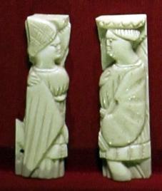 Italia del nord (attr.), placchetta con personaggi maschile e femminile, 1450 ca - Sailko - Ravenna (RA)
