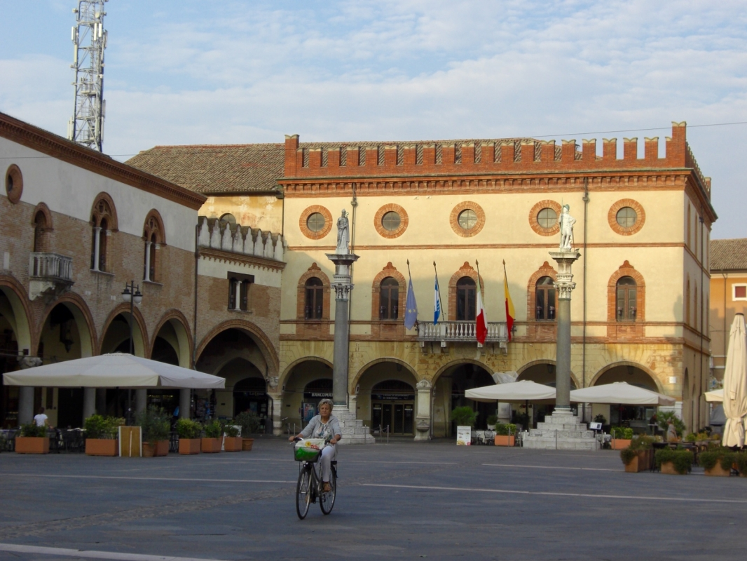 Un bés in bizicletta - Clawsb - Ravenna (RA)