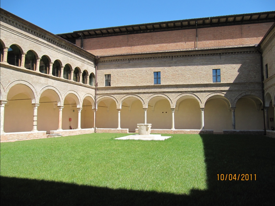 Chiostro vicino Tomba Dante - Chiara Dobro - Ravenna (RA)
