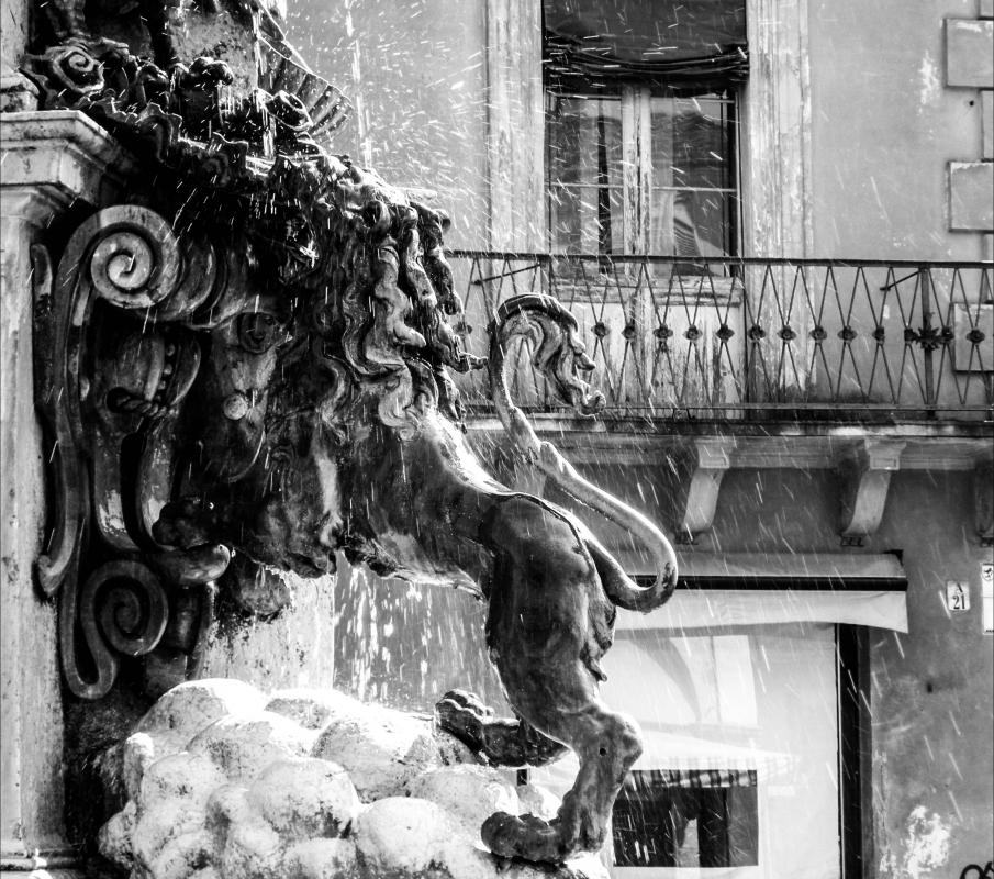 Fontana Monumentale (Faenza) - particolare - Nicola Quirico - Faenza (RA)