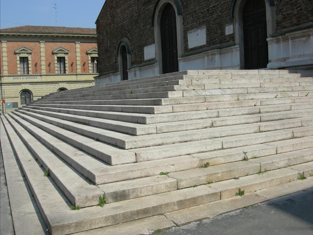 Scalinata Cattedrale di San Pietro Apostolo (Faenza) - Nicola Quirico - Faenza (RA)