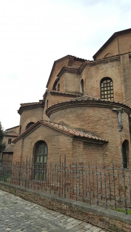 Aggregazione di volumi a San Vitale - Marco Musmeci - Ravenna (RA)