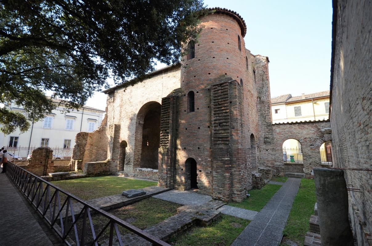 Palazzo di Teodorico-cortile - Emilia giord - Ravenna (RA)