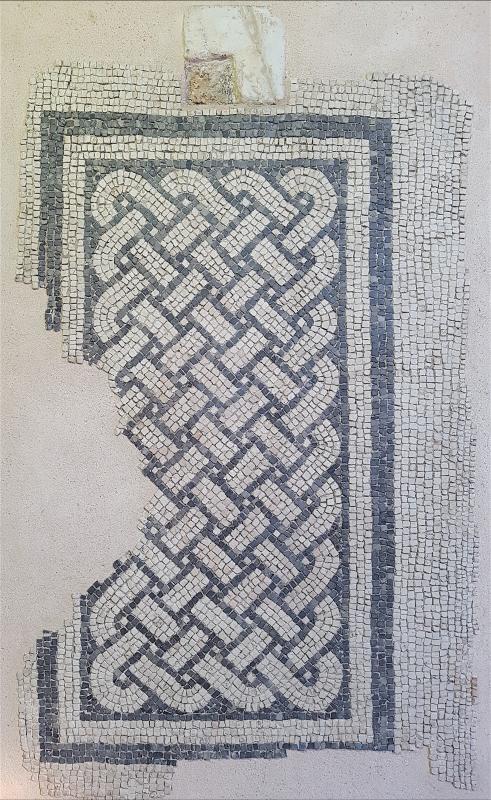 Chiesa di San Salvatore ad Chalchis cosiddetto Palazzo di Teodorico dettaglio pavimento musivo2 - Opi1010 - Ravenna (RA)