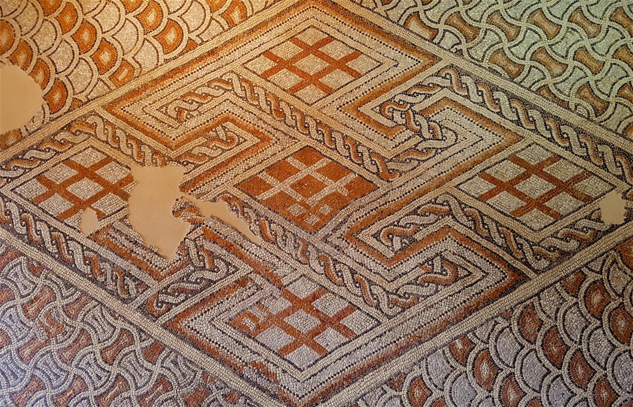 Chiesa di San Salvatore ad Chalchis cosiddetto Palazzo di Teodorico dettaglio musivo1 - Opi1010 - Ravenna (RA)