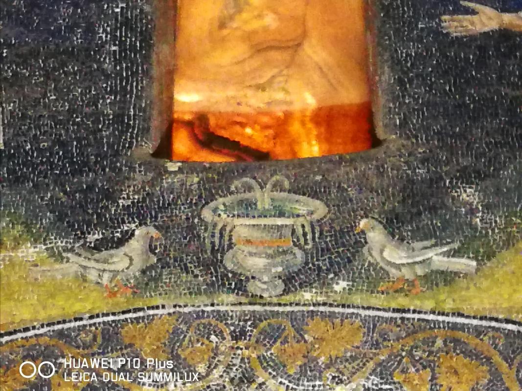 Mausoleo di Galla Placidia - particolare lunetta degli apostoli - LadyBathory1974 - Ravenna (RA)