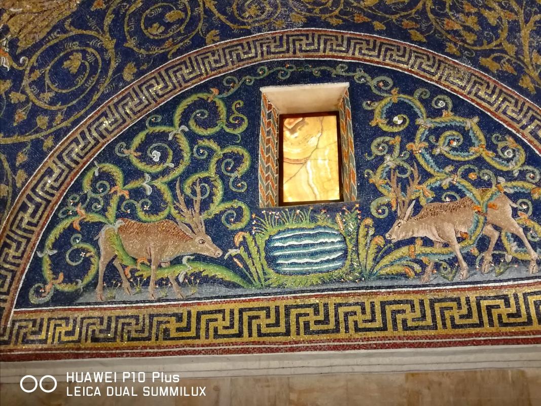 Mausoleo di Galla Placidia - lunetta dei cervi - LadyBathory1974 - Ravenna (RA)