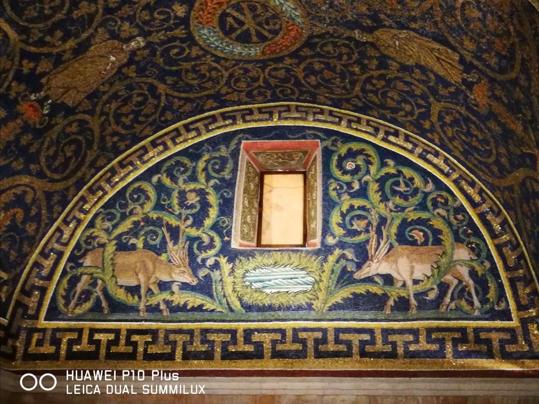 Mausoleo di Galla Placidia - lunetta cervi alla fonte - LadyBathory1974 - Ravenna (RA)