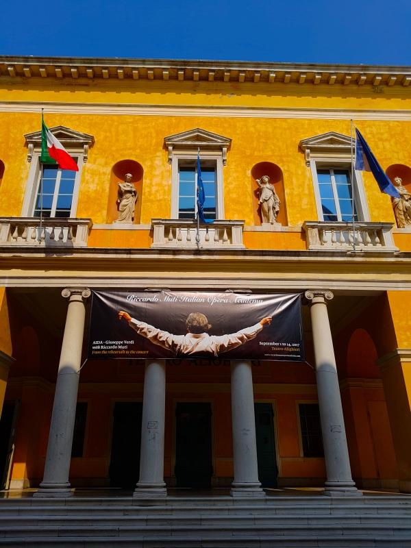 Teatro Dante Alighieri facciata verticale - Opi1010 - Ravenna (RA)