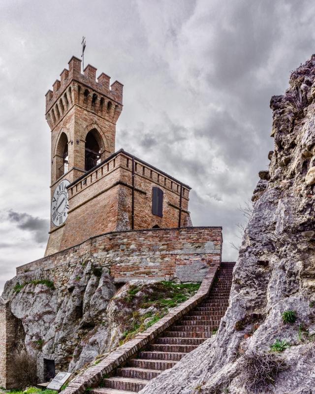 In cima alla torre dell'orologio di Brisighella - Vanni Lazzari - Brisighella (RA)