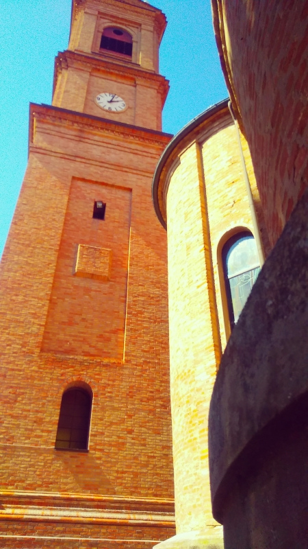 Veduta del Campanile e della Chiesa risalente al XVIII secolo - Lomargraphics - Cotignola (RA)