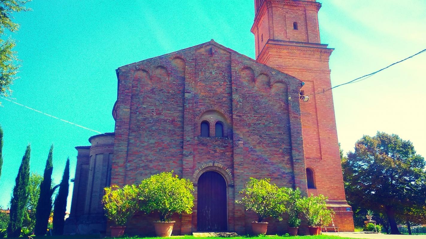 La Pieve e a fianco il Campanile - Lomargraphics - Cotignola (RA)