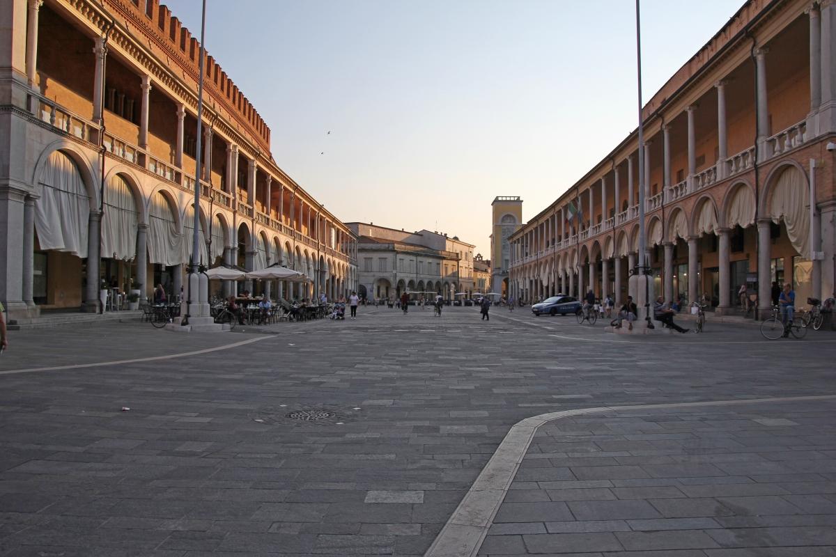 Faenza, piazza del Popolo (04) - Gianni Careddu - Faenza (RA)