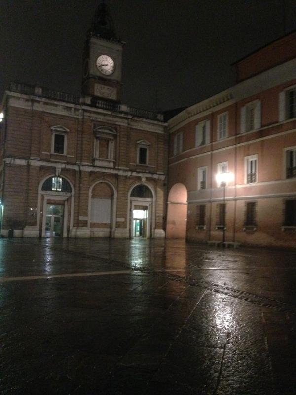 Piazza del Popolo 2 foto di C.Grassadonia - Chiara.Ravenna - Ravenna (RA)