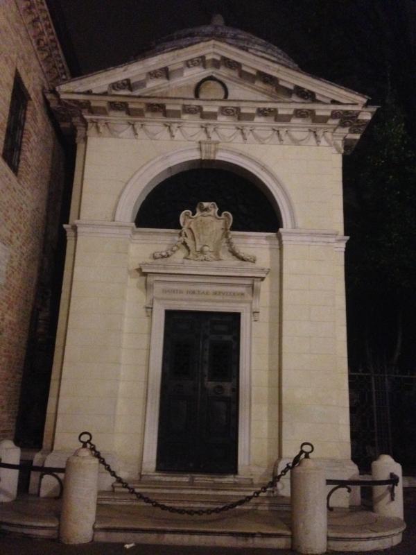 Tomba di Dante 1 foto di C.Grassadonia - Chiara.Ravenna - Ravenna (RA)