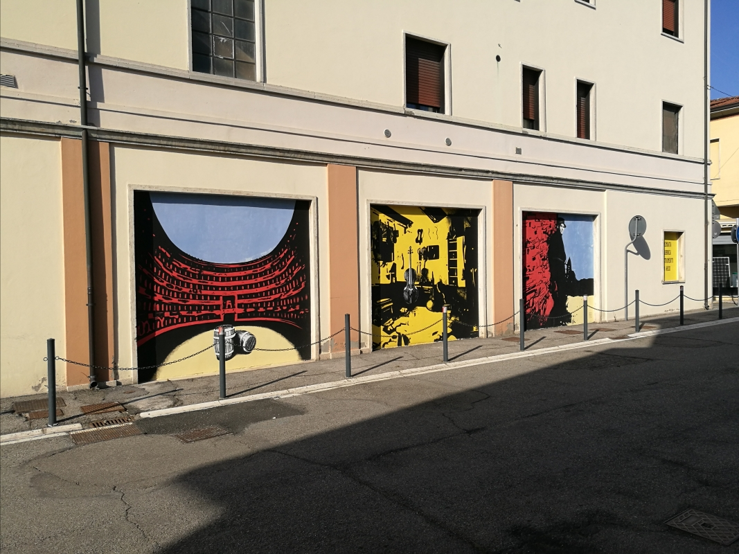 Custode Marcucci, dipinti di arte urbana dedicati al liutaio di Sant'Agata sul Santerno 1 - Enea Emiliani - Sant'Agata sul Santerno (RA)