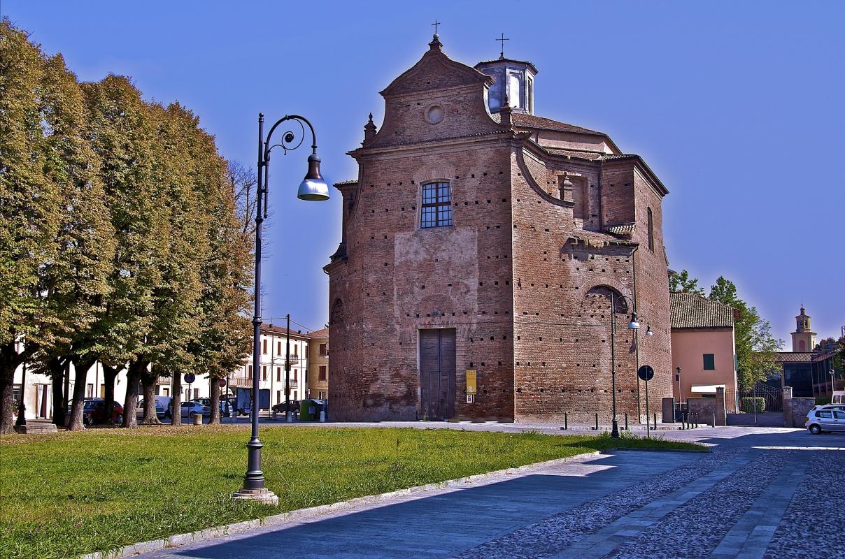 Prima semplice Cappella (IX secolo) poi chiesa parrocchiale di Sant Andrea - Caba2011 - Gualtieri (RE)