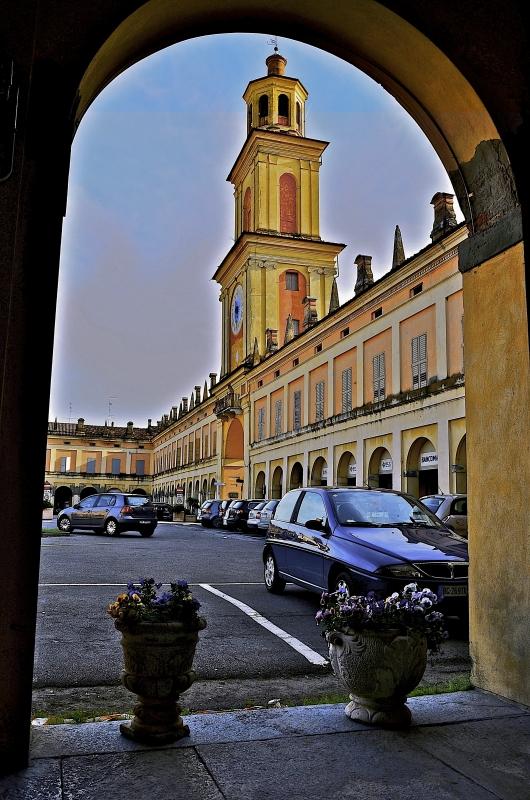 Cornice per la Torre Civica di Gualtieri - Caba2011 - Gualtieri (RE)