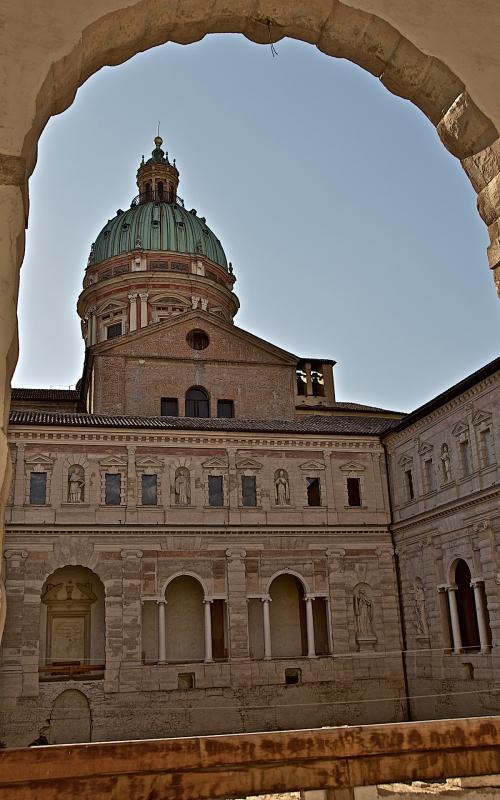 La cupola e i chiostri di San Pietro - Caba2011 - Reggio nell'Emilia (RE)