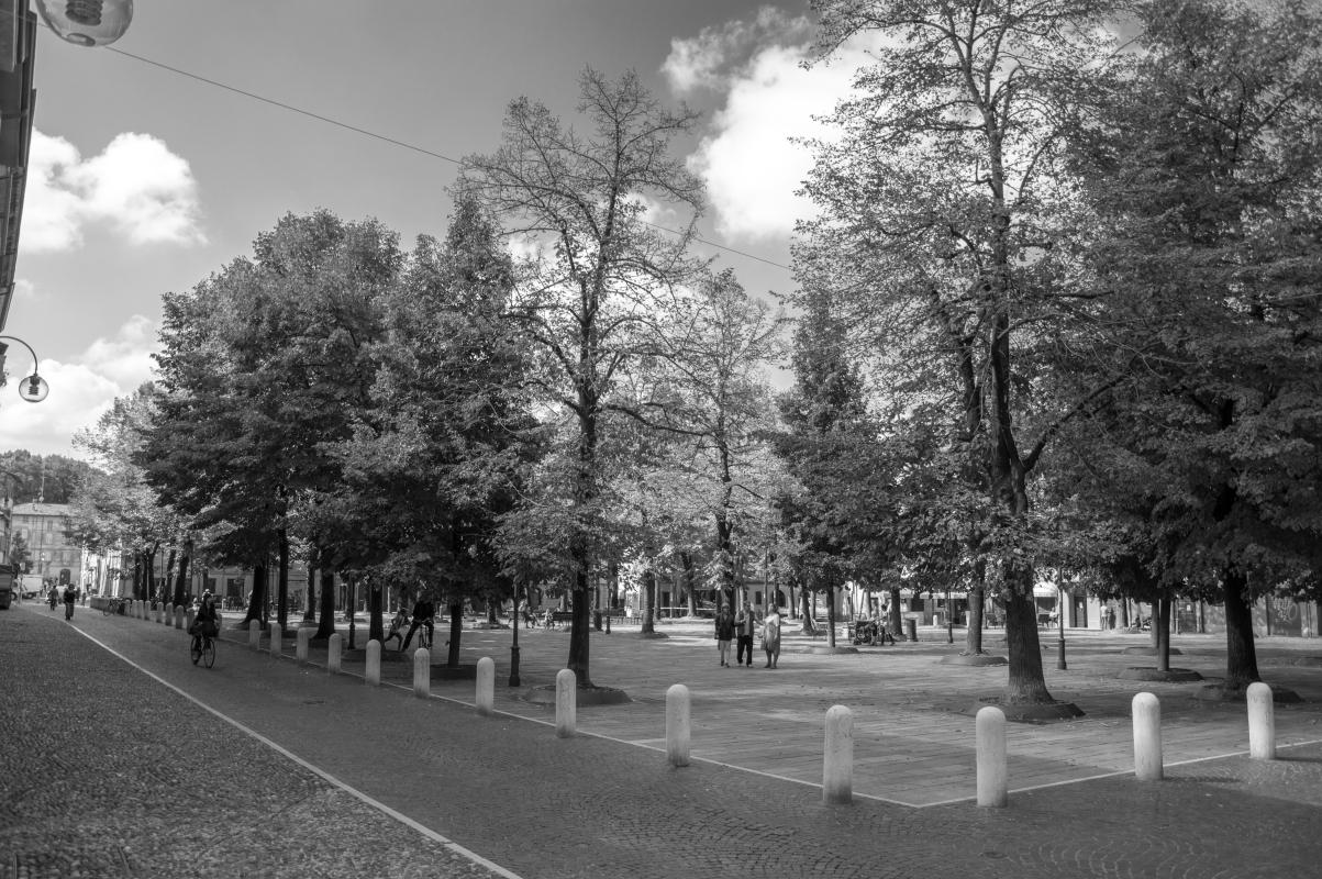 Piazza Fontanesi (5) - Alessandro Azzolini - Reggio nell'Emilia (RE)