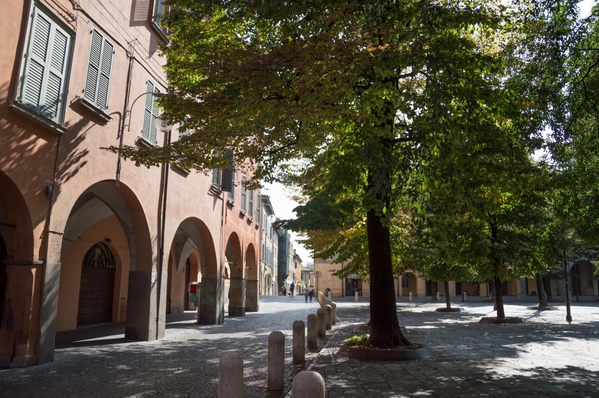 Piazza Fontanesi (1) - Alessandro Azzolini - Reggio nell'Emilia (RE)