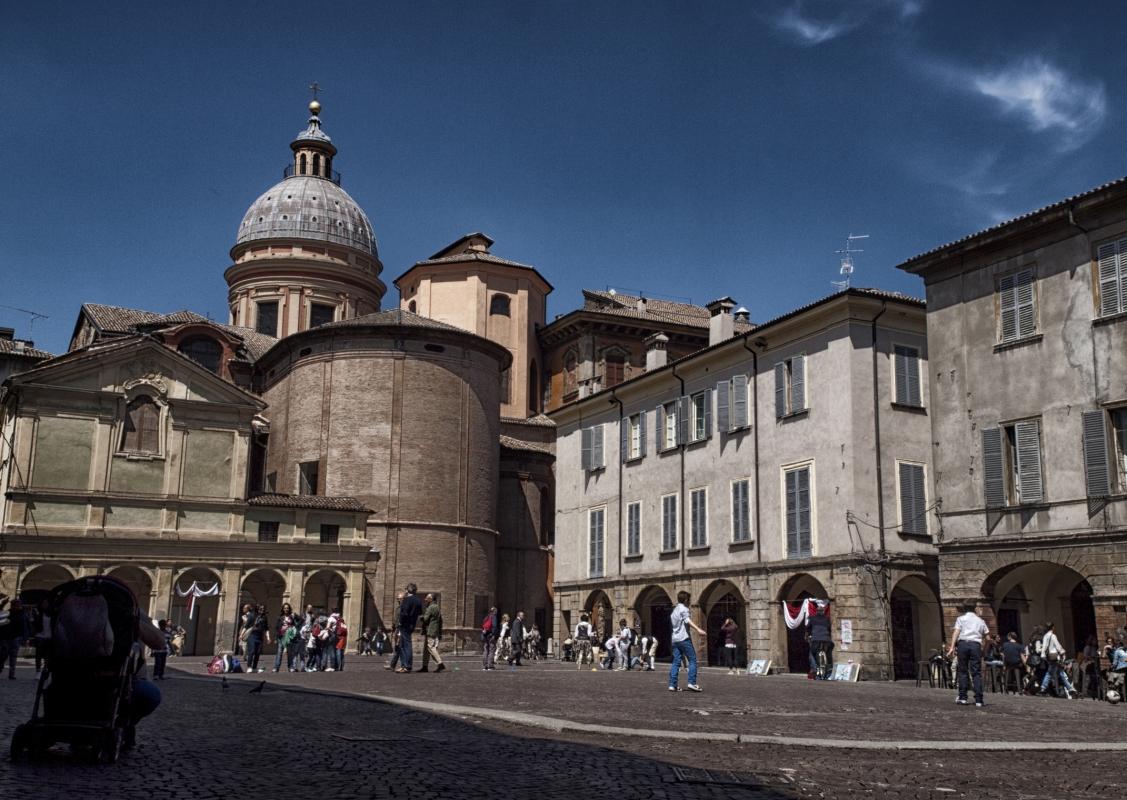 Piazza dei leoni - Giangattobarigazzi - Reggio nell'Emilia (RE)