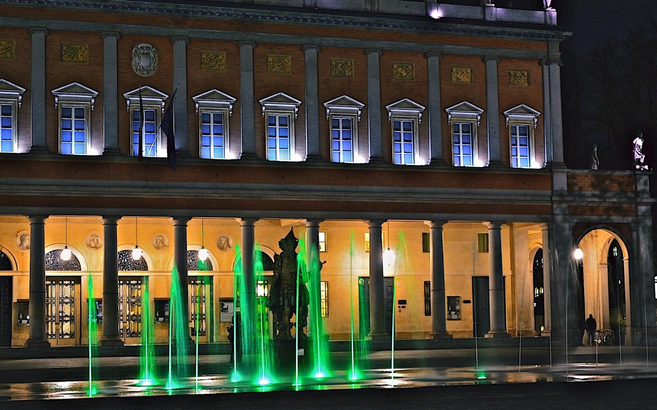 Teatro Romolo Valli di sera - Caba2011 - Reggio nell'Emilia (RE)