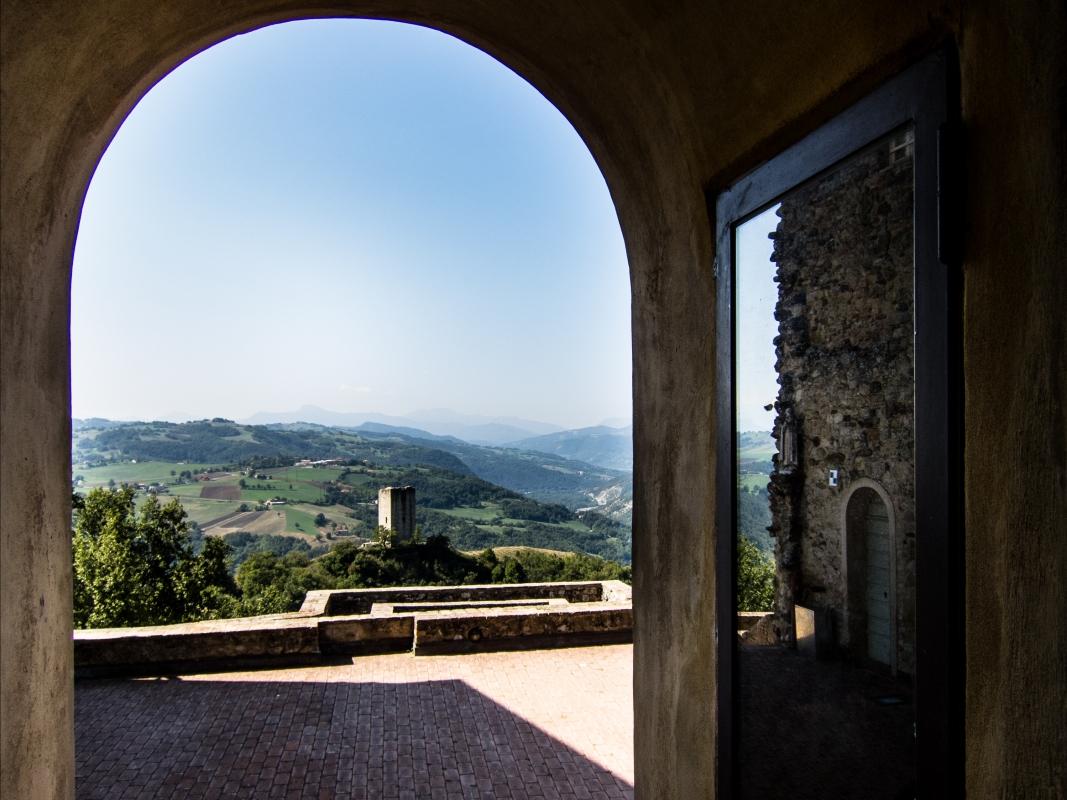 Italy Canossa TorreRossenella 01 - Gabriele Costetti - Canossa (RE)