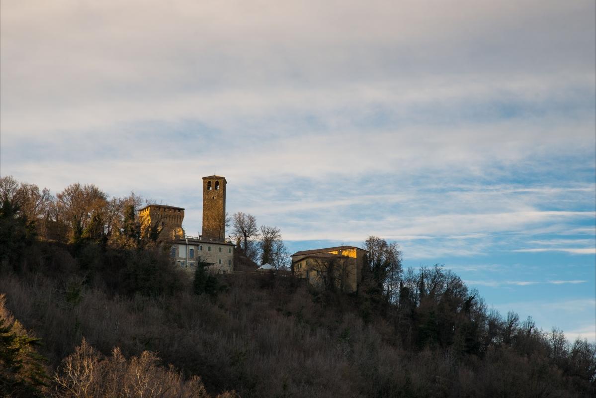 Castello di Sarzano - Lugarex - Casina (RE)