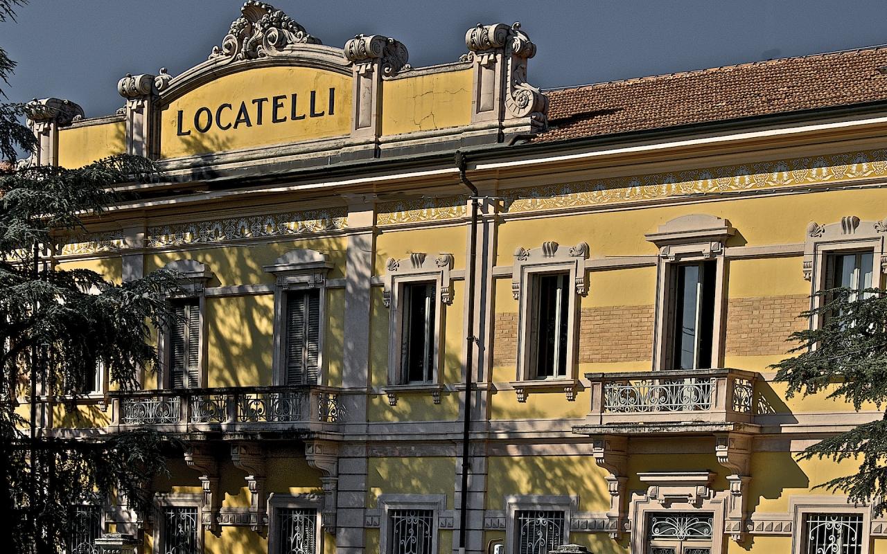 Palazzina uffici Ex stabilimento Locatelli - Caba2011 - Reggio nell'Emilia (RE)