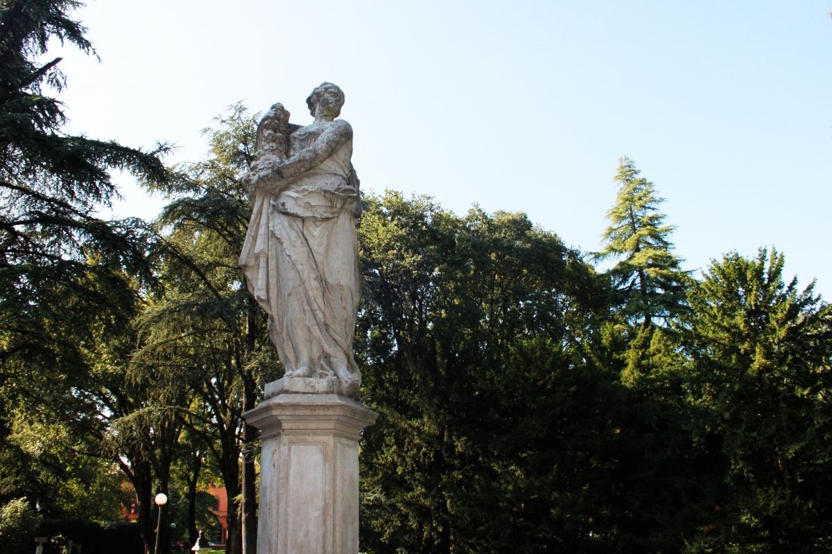 Statua Parco del Popolo - Giulia Bonacini Ph - Reggio nell'Emilia (RE)